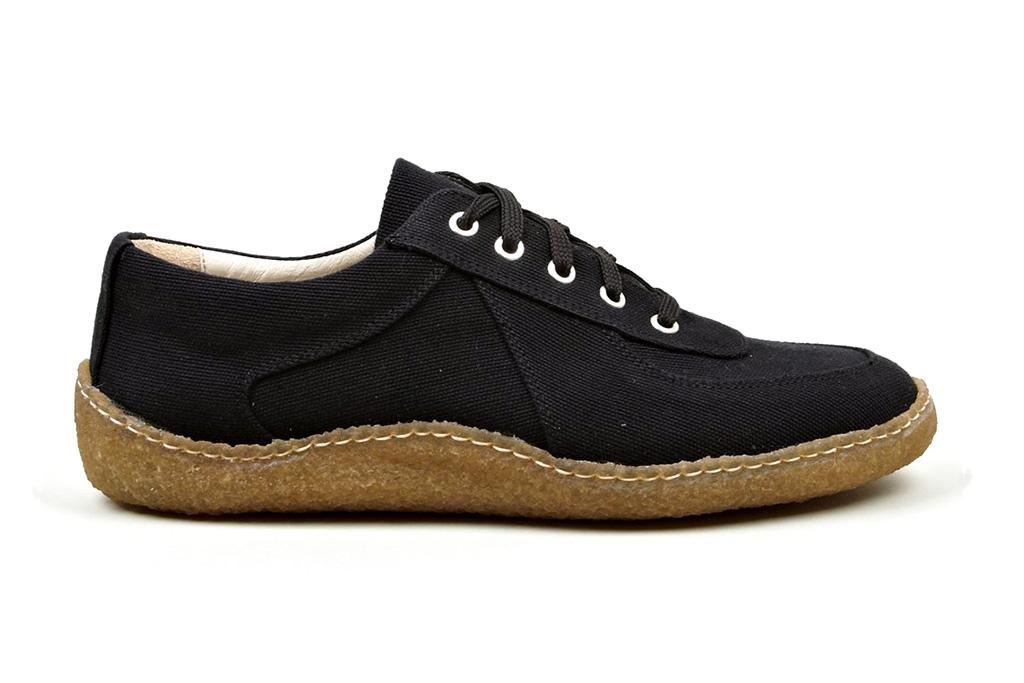 COMME des GARÇONS SHIRT Men's Navy Cotton Canvas Sneaker