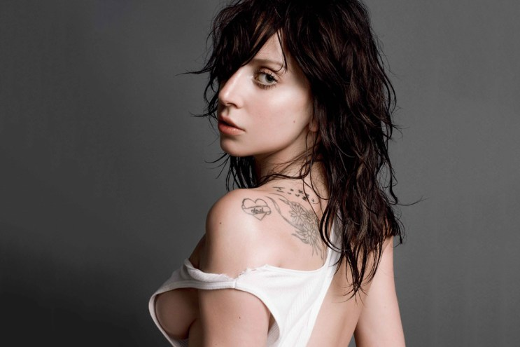 Lady Gaga Appears Topless In V Magazine Issue 85