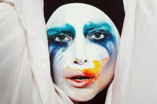 Lady Gaga - Applause