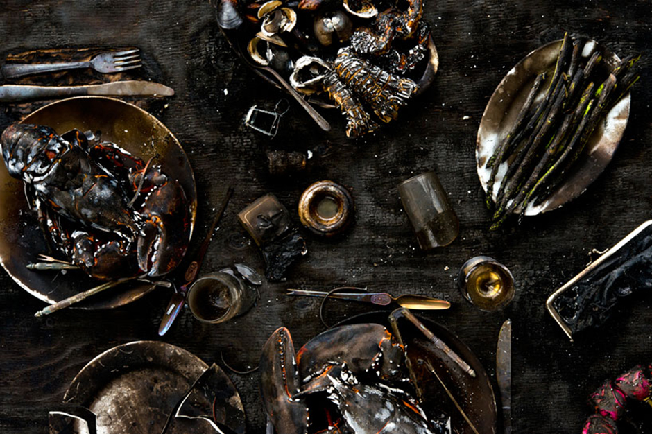 """""""Meals Interrupted"""" Photo Series by Davide Luciano and Claudia Ficca"""