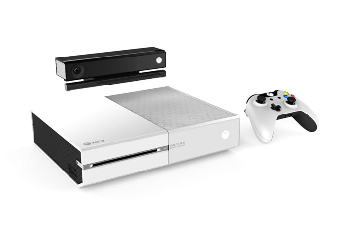 Microsoft Employees Get a Limited Edition White Xbox One