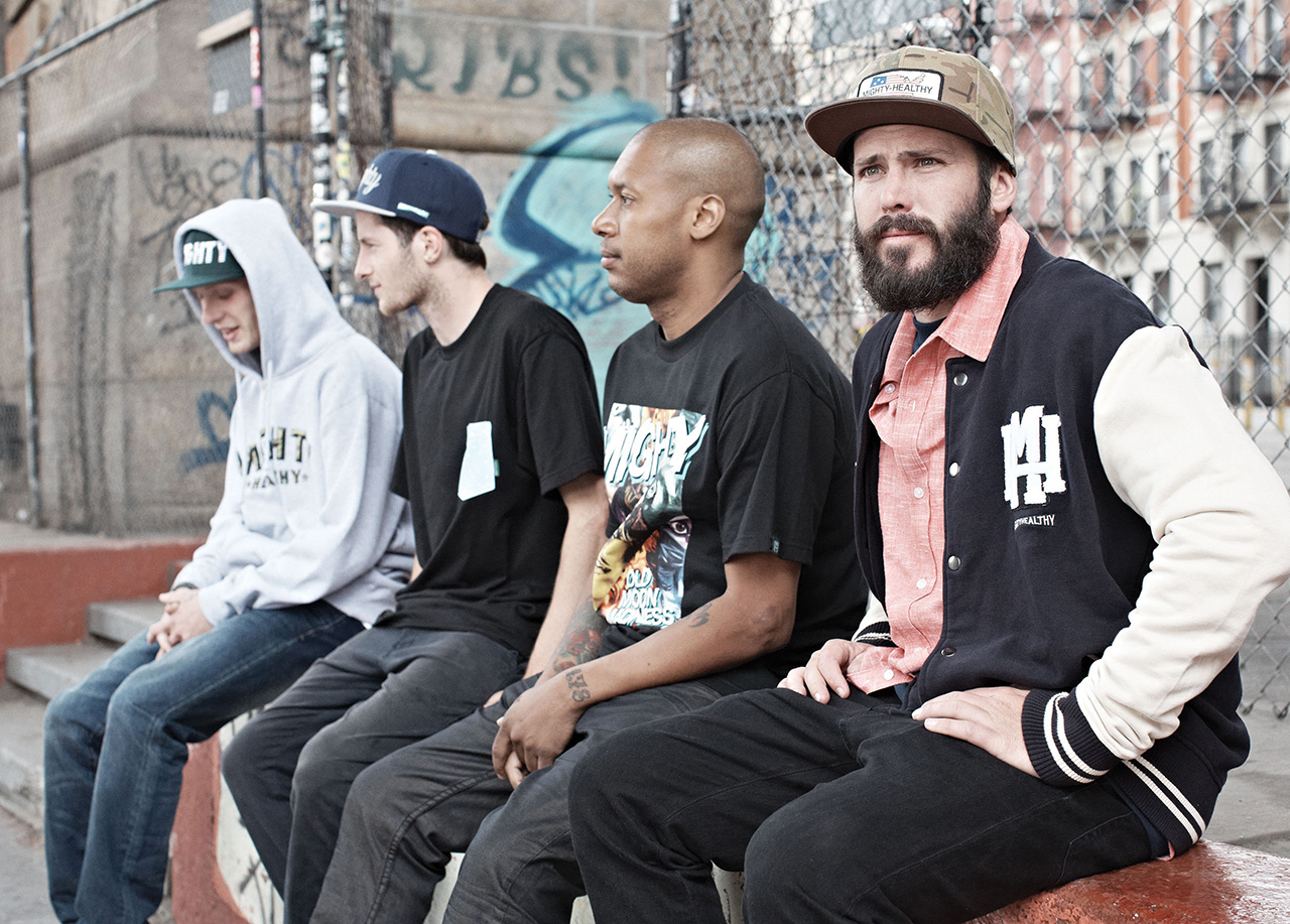 "Mighty Healthy 2013 Fall ""I Get Nowhere Unless The Team Wins"" Video Lookbook"