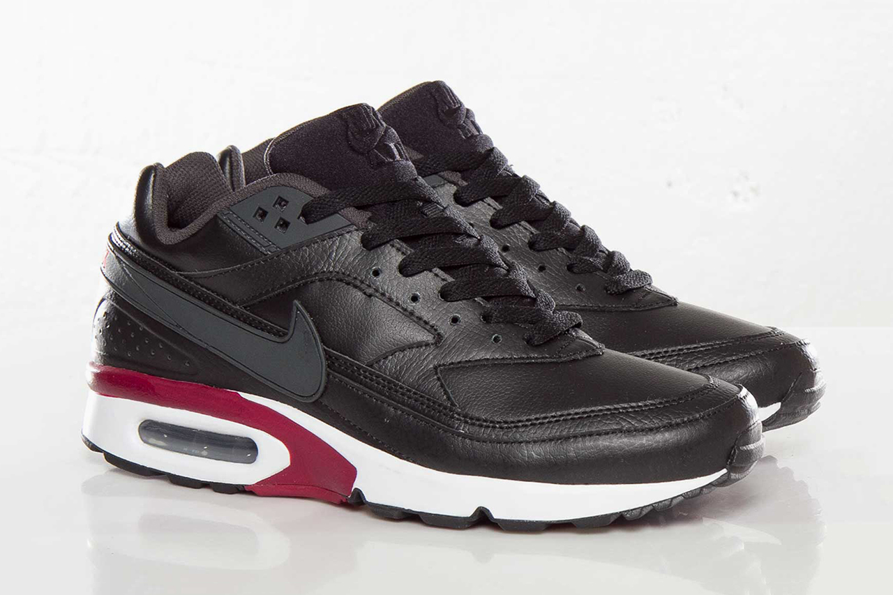 nike air classic bw black anthracite team red atomic red