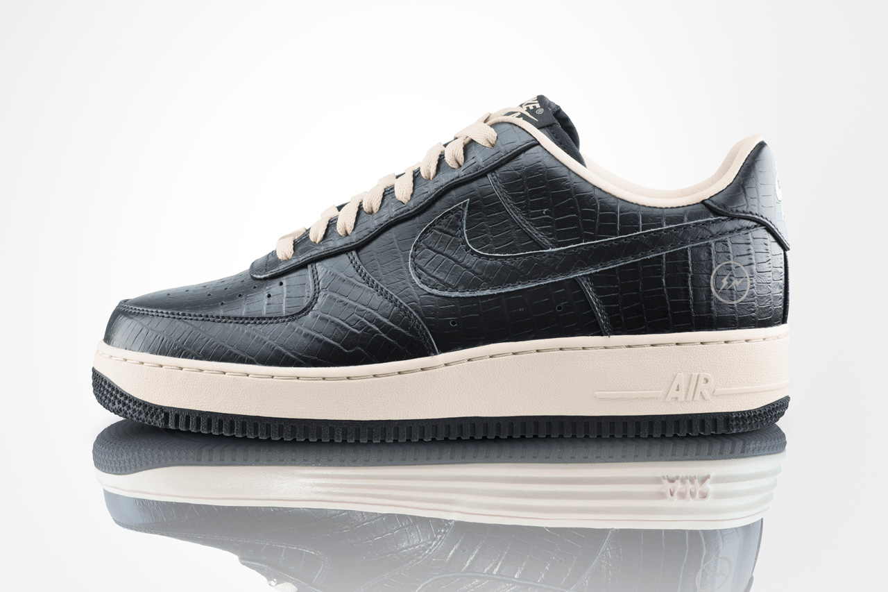 Nike HTM Air Force 1 Fragment