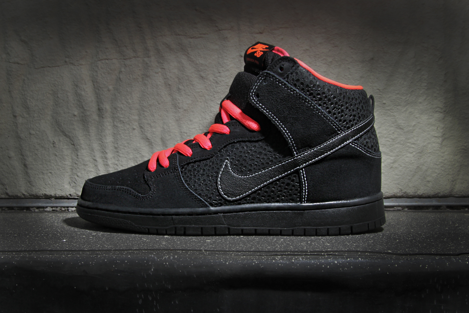 nike sb dunk high pro black atomic red white