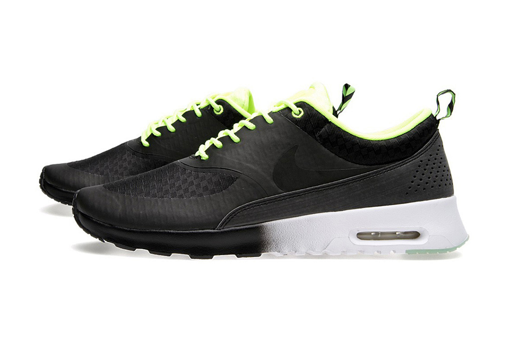 """Nike Women's Air Max Thea Woven """"Glow in the Dark"""" Pack"""