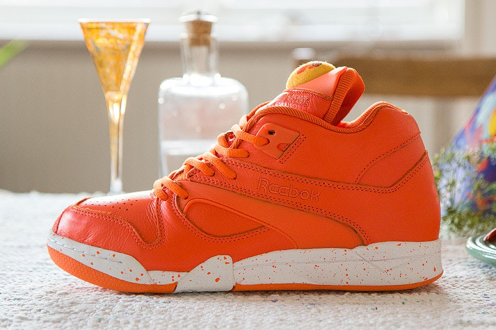 sneakersnstuff x reebok court victory pump crayfish party