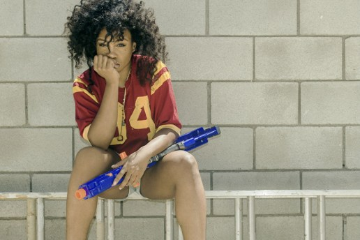 "SZA – ""Teen Spirit"" & ""Julia"""