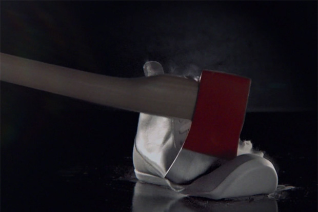 YOURS Finds Multiple Ways in Destroying its Classic Grey High-Top   Video