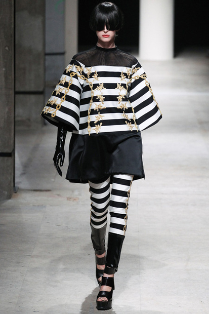 UNDERCOVER 2014 Spring Women's Collection