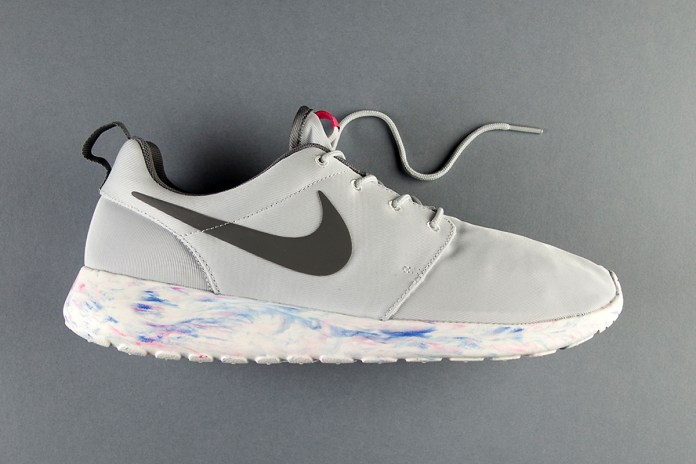 """An Exclusive Look at the Nike Roshe Run QS """"Marble"""" Pack"""