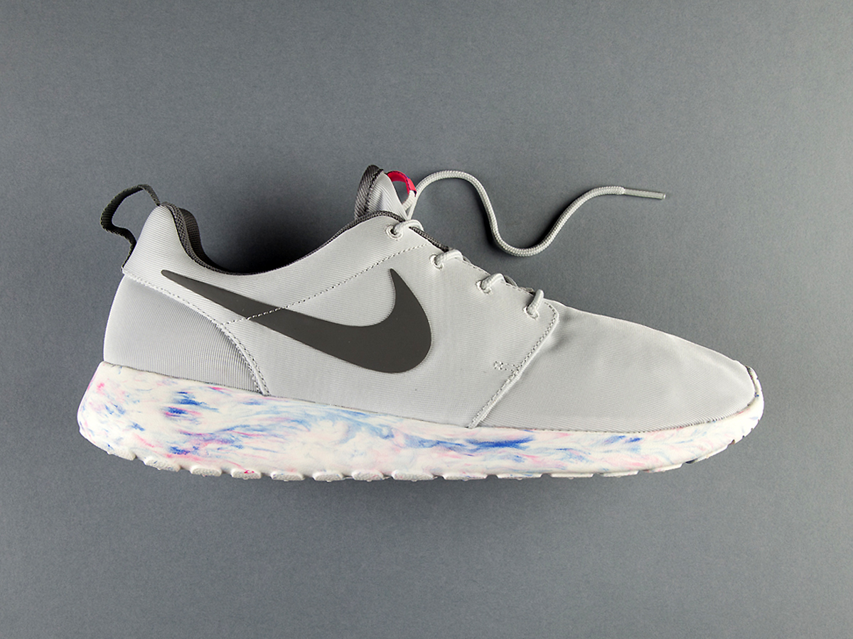 an exclusive look at the nike roshe run qs marble pack