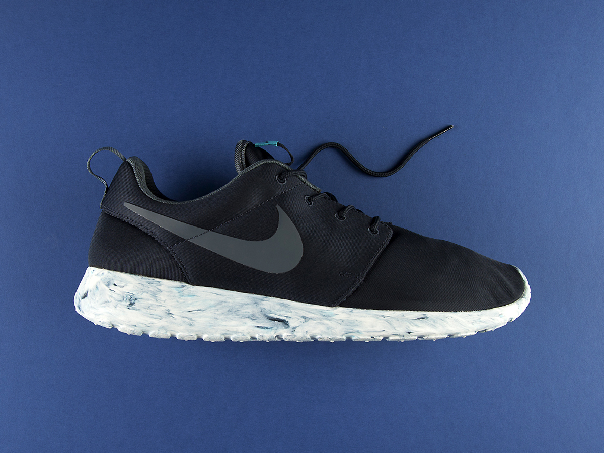 "An Exclusive Look at the Nike Roshe Run QS ""Marble"" Pack"