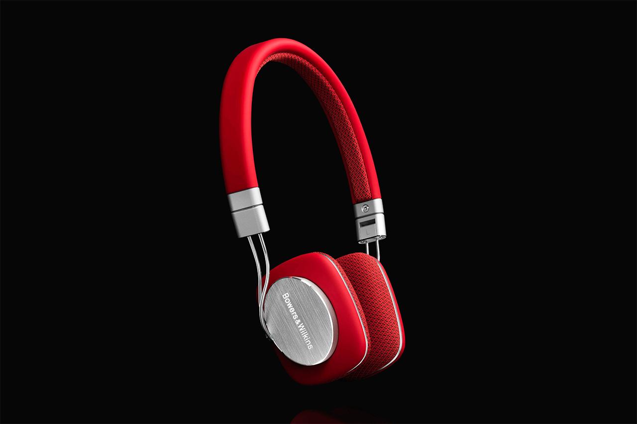 Bowers & Wilkins P3 Headphones in Red