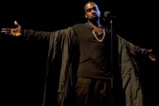 """Kanye West Performs """"Bound 2"""" Live on 'Later… with Jools Holland'"""