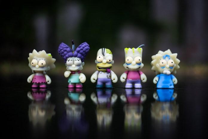 Kidrobot x The Simpsons Zombie Treehouse of Horror