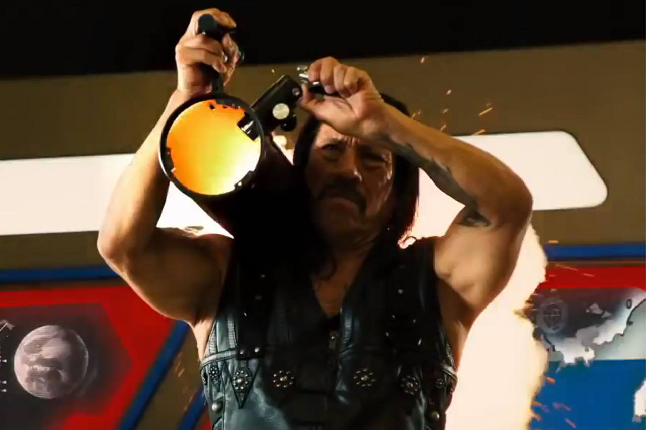 Machete Kills Official Red Band Trailer #2