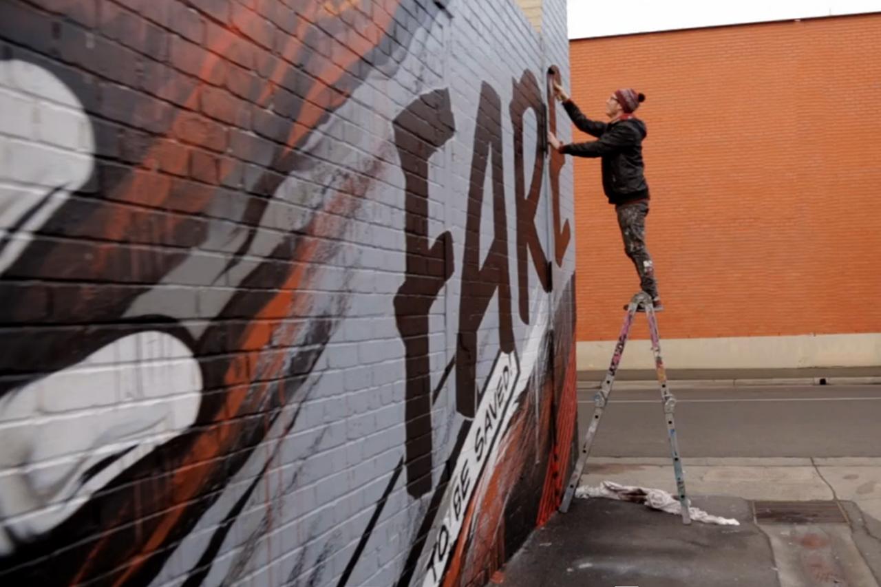 Meggs Paints Australia's Largest Charity Kitchen   Videos