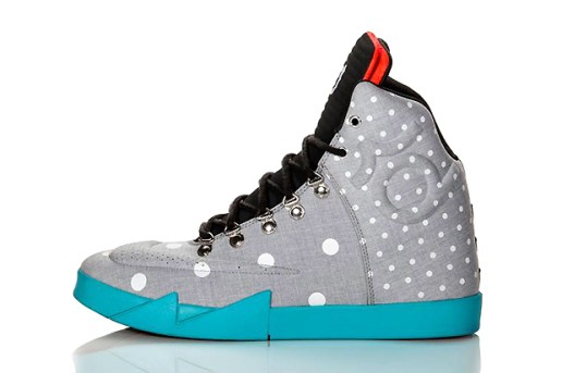 "Nike KD VI NSW Lifestyle ""Birthday"""