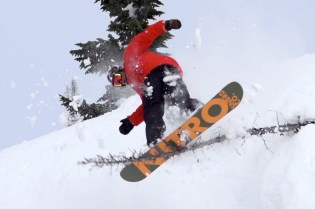 "Nike Snowboarding Presents ""Never Not"" - Part 1"