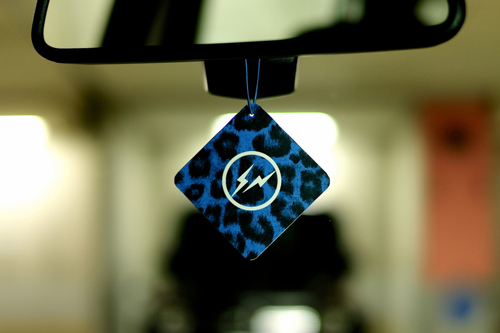 retaw x fragment design fragrance car tag