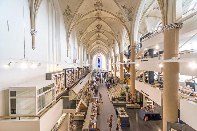 15th Century Dominican Church Repurposed as a Dazzling Bookstore