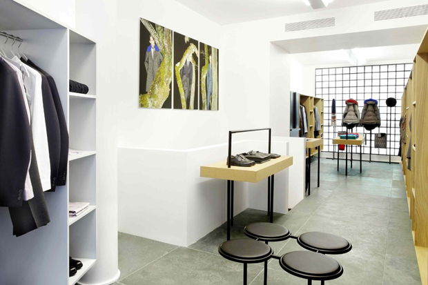 carven open its first mens store in paris