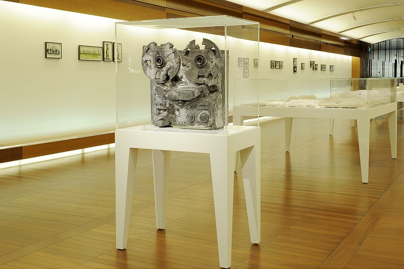 "Daniel Arsham ""#YESTERDAYSFUTURES"" Exhibition @ Espace Louis Vuitton Singapore"