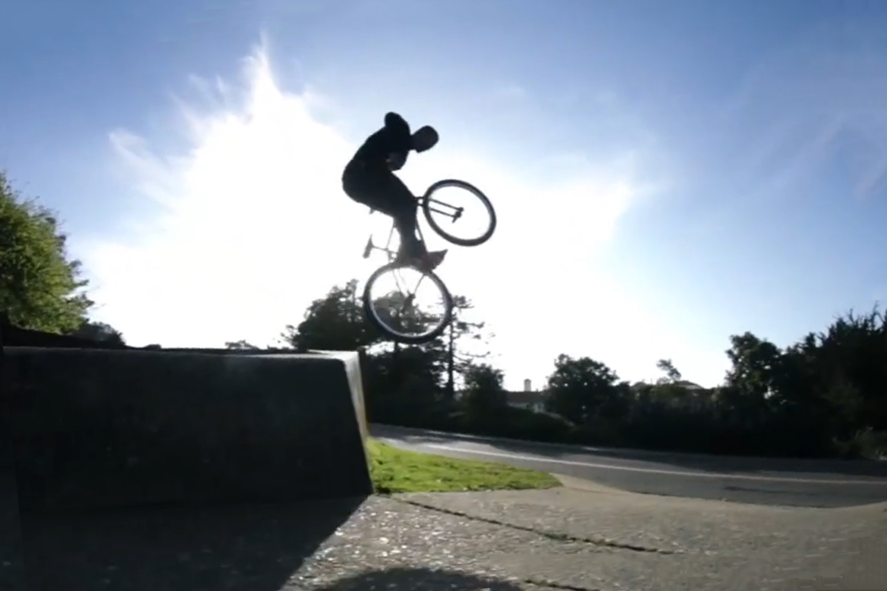 """Devon Lawson """"Can't Fool The Youth 2"""" Fixed Freestyle Session"""