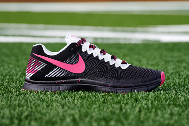 nike free trainer breast cancer awareness pack