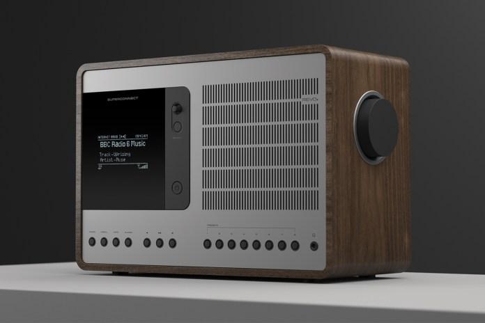 REVO Technologies SUPERCONNECT Hybrid Radio