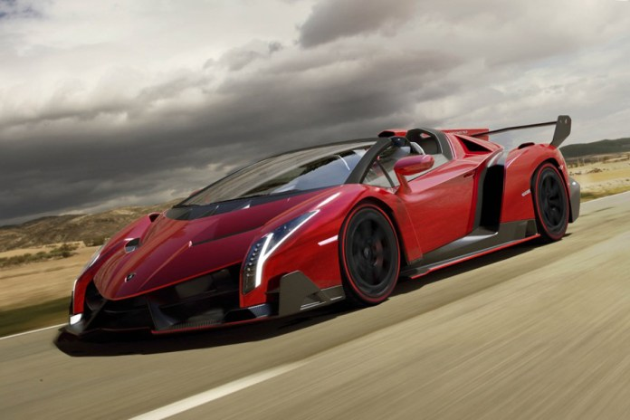 The First Look at the Lamborghini Veneno Roadster