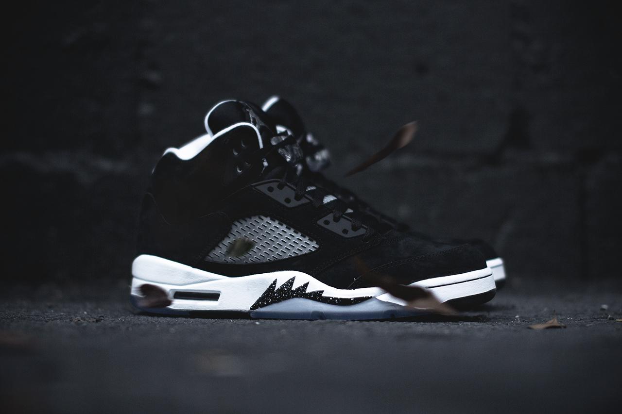 """A Closer Look at the Air Jordan 5 Retro """"Oreo"""""""