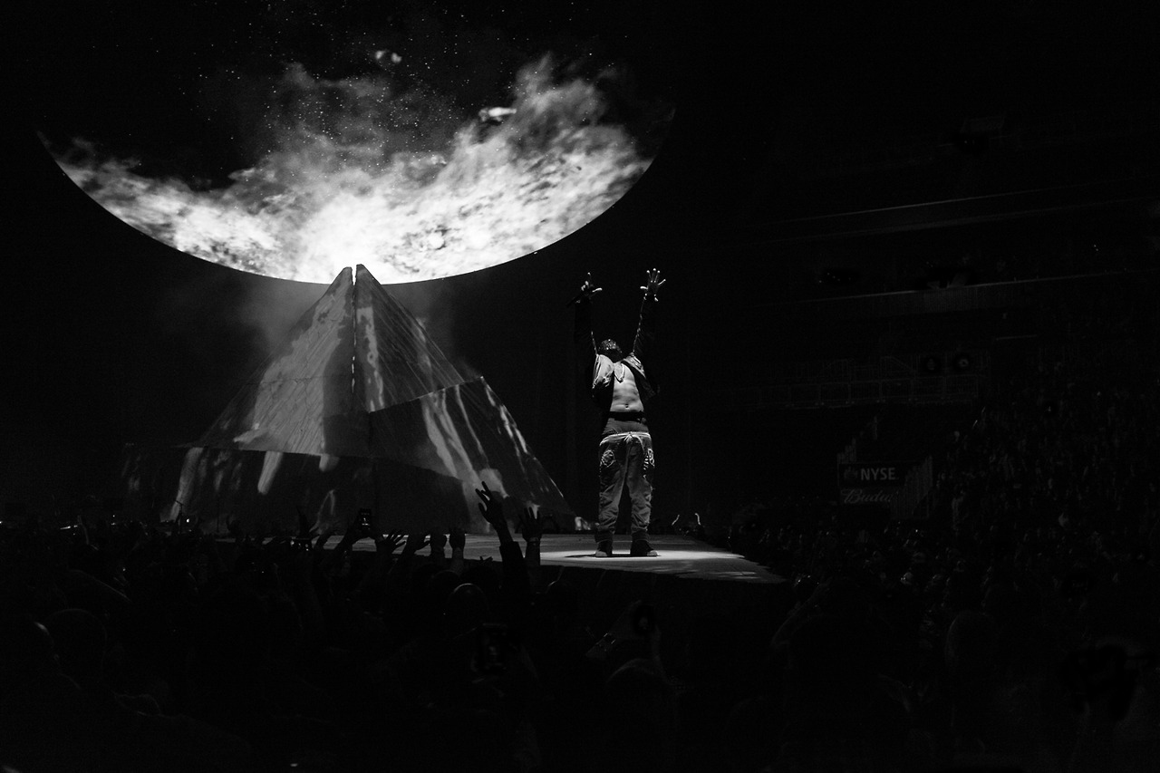 A Look at Kanye West's 'Yeezus Tour' at the Barclays ... Kanye West Yeezus Concert