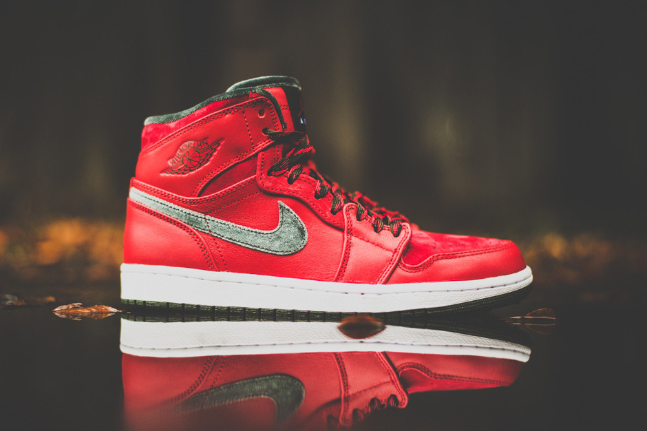 Air Jordan 1 High Premier Varsity Red/Dark Army