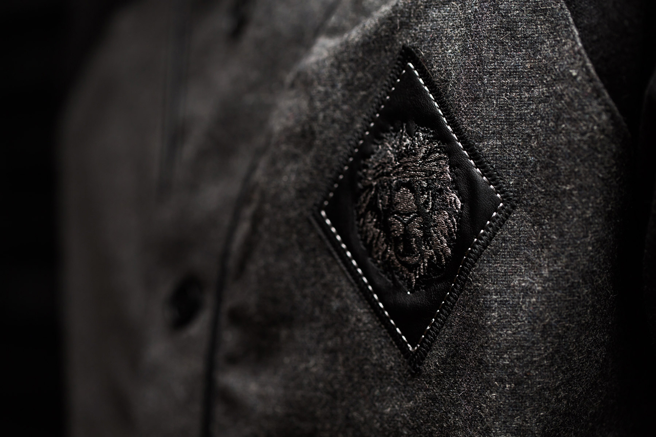 "Aura Gold 2013 Fall/Winter ""The Black Collection"""