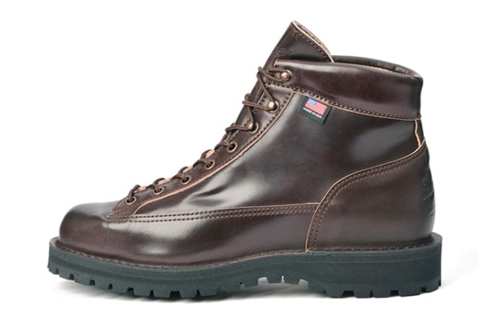 "Danner 2013 Fall/Winter Light ""Cordovan"""
