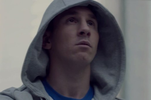 Lionel Messi Stars in Samsung #GALAXY11 Ad