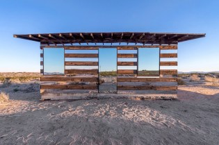 Lucid Stead Transparent Cabin