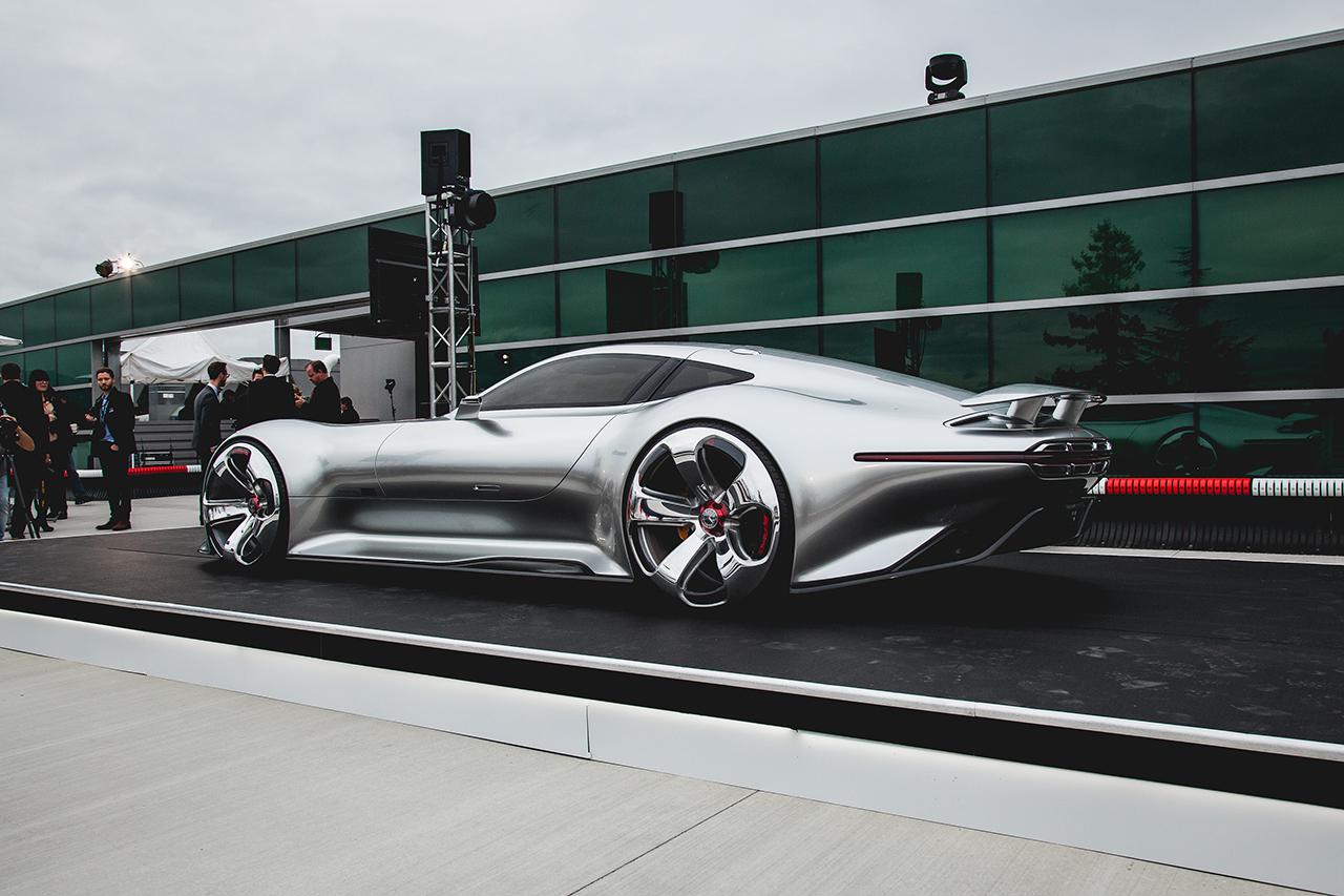 Mercedes Benz Amg Vision Gran Turismo Worldwide Debut Recap Hypebeast