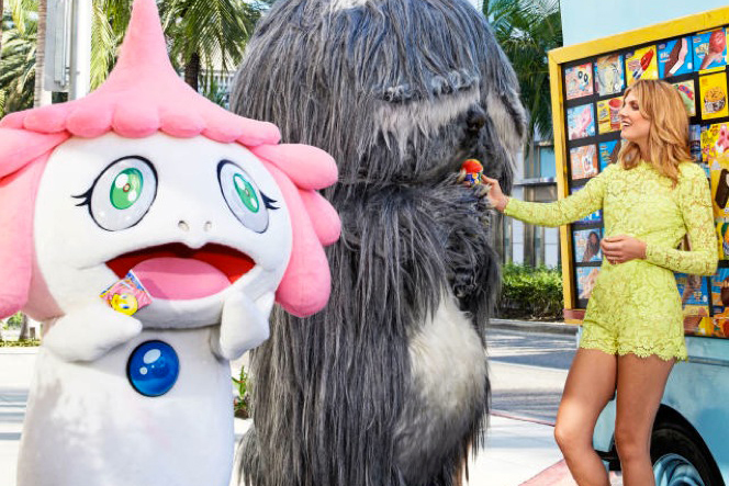 Murakami's 'Jellyfish Eyes' Stars in Harper's Bazaar