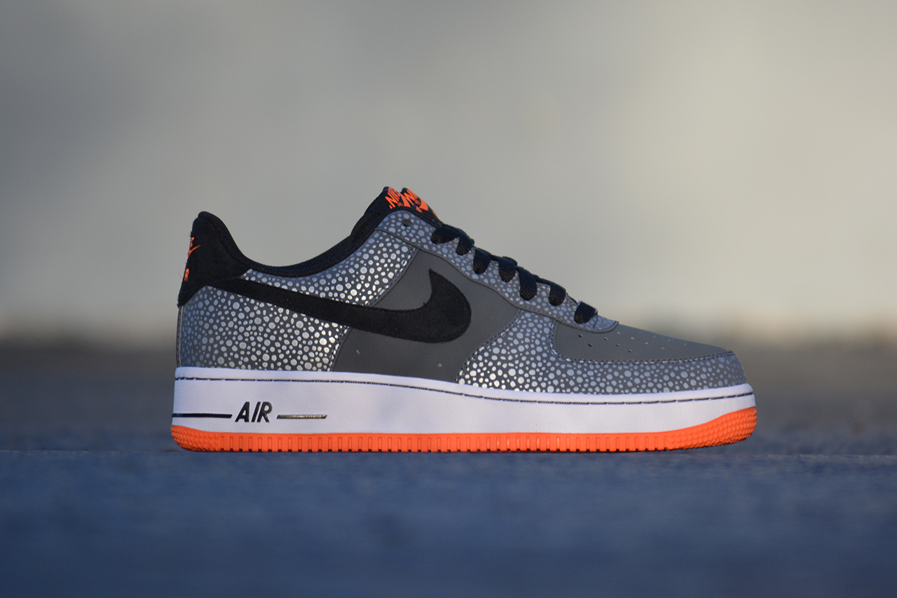 nike air force 1 safari
