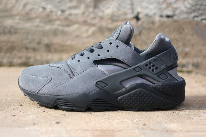 nike air huarache le cool grey