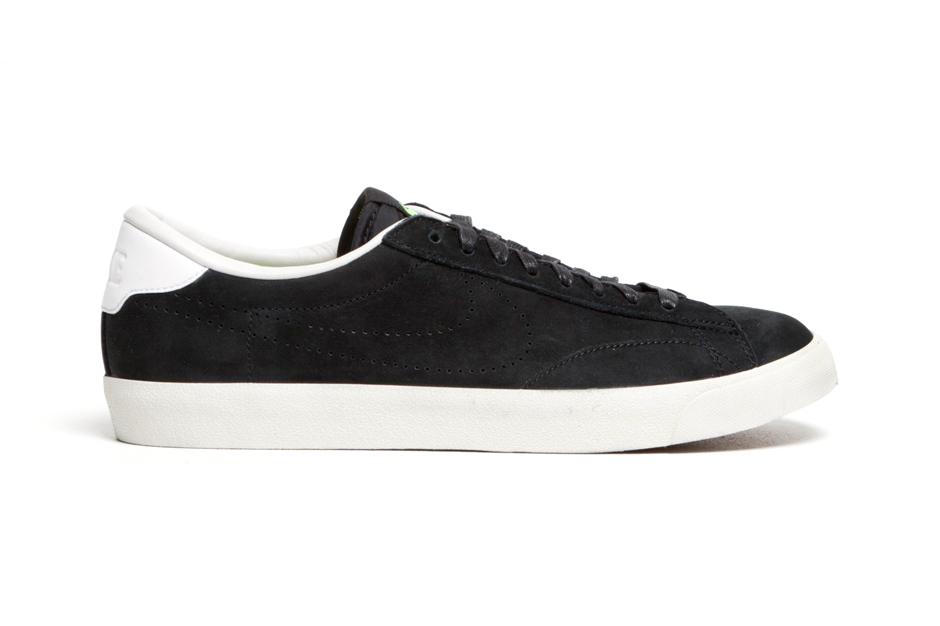 Nike Tennis Classic AC Premium Black