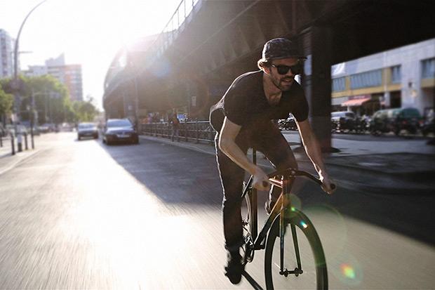 Ucon Acrobatics x 8bar 'Federleicht' Bike