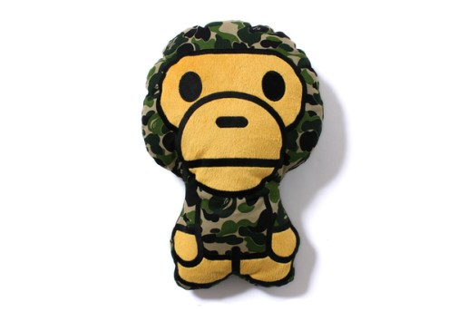 A Bathing Ape MILO ABC CUSHION
