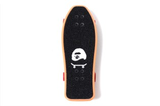 A SKATING APE Special Novelty Fingerboard