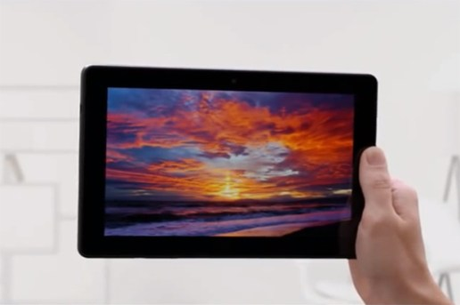 Amazon Kindle Fire Commercial Takes Jab at Apple
