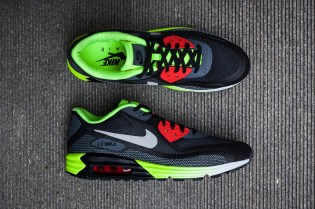 An Exclusive Look at the Nike Air Max Lunar90 Black/Cool Grey-Anthracite-Volt