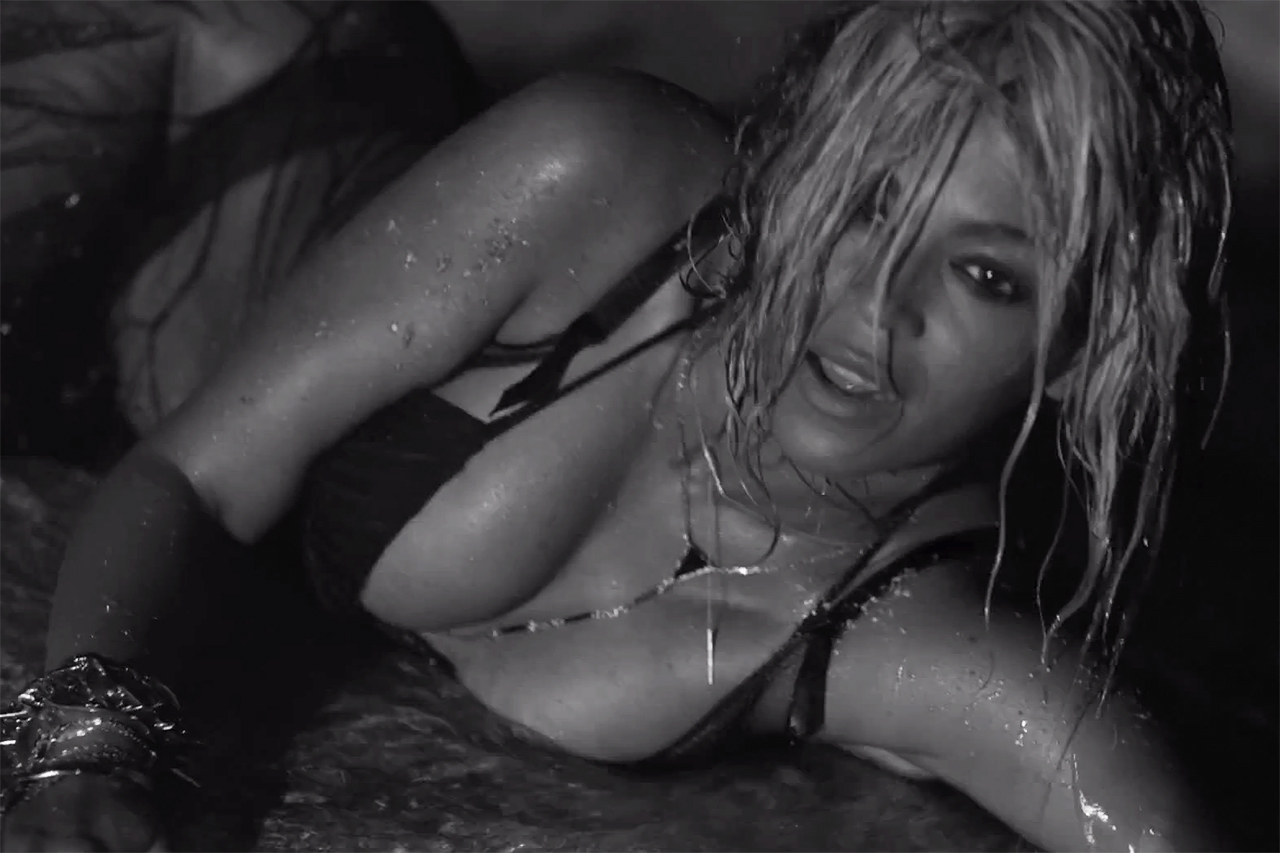 "Beyoncé featuring Jay Z ""Drunk In Love"" Music Video"